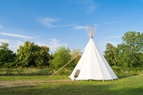 Bed and breakfast, B and B Tipis incomum